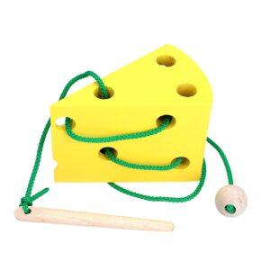 Розвиваюча іграшка К143. Шнуровка Cир Komarovtoys