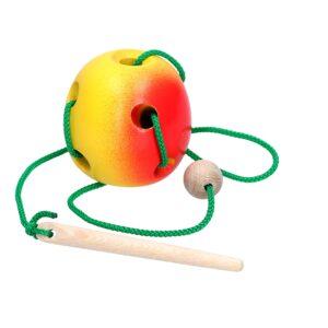 Розвиваюча іграшка К144. Шнуровка Яблуко Komarovtoys
