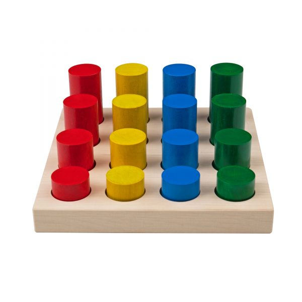 A312. Дерев'яна розвиваюча іграшка Набір. Кольорові циліндри. Komarovtoys